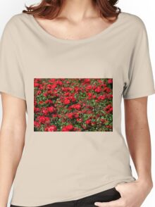 Red roses bunches grow Women's Relaxed Fit T-Shirt