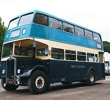 Vintage Bus in Blues by TREVOR34