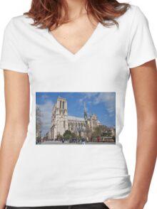Notre Dame, Paris Women's Fitted V-Neck T-Shirt