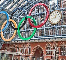 The Clock, St Pancras Station, London by Ray Clarke