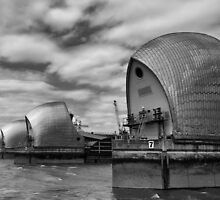 Thames Barrier by Bartosz Chajek