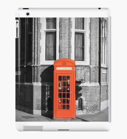 LONDON CALLING RED TELEPHONE BOOTH iPad Case/Skin