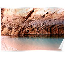turquoise pool in tunnel creek Poster