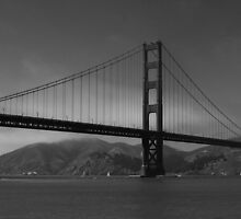 Gray Golden Gate Bridge by fototaker