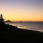 Papamoa Beach glow by Glen Sheppard