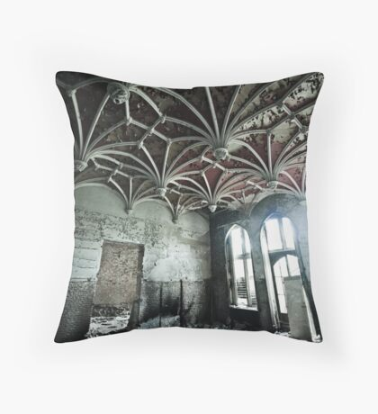 Reticular Throw Pillow