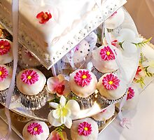Wedding Cup Cakes by ea-photos