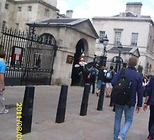 London: Famous Sights: Horse Guards Parade -(05/08/11)- Digital photo by paulramnora