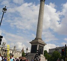London: Famous Sights: Nelson's Column/Trafalgar Square -(05/08/11)- Digital photo by paulramnora
