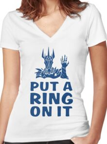Lord of the Rings - Sauron - PUT A RING ON IT Women's Fitted V-Neck T-Shirt