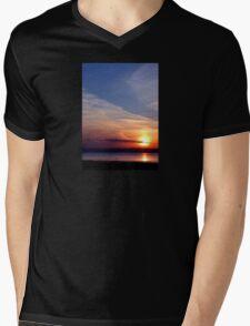 Ballyholme Sunset Mens V-Neck T-Shirt