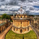 Radcliffe Camera  by Yhun Suarez