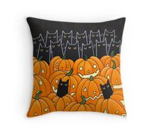 Black Cats & Jack-o-Lanterns Throw Pillow