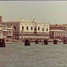 VENEZIA - PALAZZO DUCALE- ITALIA---  EUROPA-- 1500 visualizzaz.-vetrina rb explore 20 luglio 2013 - by Guendalyn