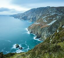 Slieve League sea cliffs by Marie Carr