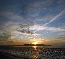 Sunrise over Howth by Esther  Moliné