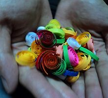 a handful of colors by mariatheresa
