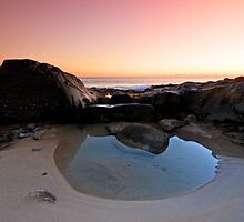 The Tidal Pool - Noosa Qld. by Beth  Wode