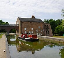 Ashby Canal at Moira Furnace by Rod Johnson
