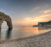 Durdle Door by 4colourprogress