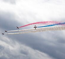 The Red Arrows by Ian Middleton