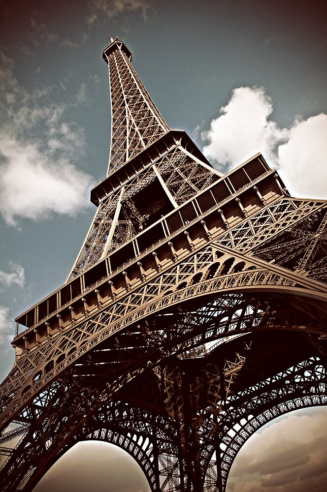 TOUR EIFFEL by ArtisticPulse
