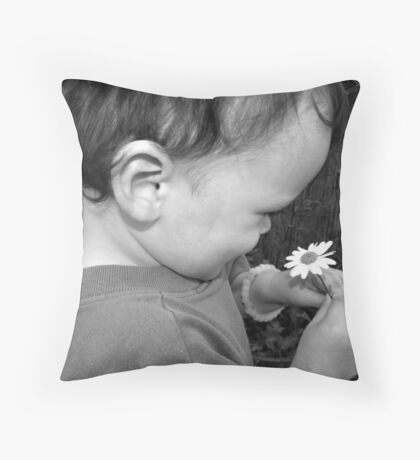 2 Small Things make the world seem such a beautiful place  Throw Pillow