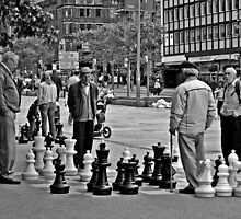Big Boy Chess by SparklesDarkly