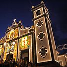 Church lighting at night by Gaspar Avila