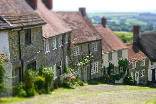 Shaftesbury Gold Hill by James Taylor