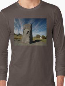Key Hole Sculpture @ Sculpture Park, Barossa Valley Long Sleeve T-Shirt