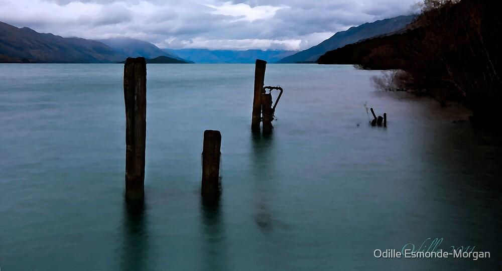 Break of Day over Lake Wakatipu by Odille Esmonde-Morgan