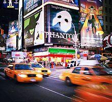 NYC: Taxi Taxi by Nina Papiorek