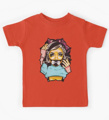 Dolly's Doll t-shirt Kids Tee
