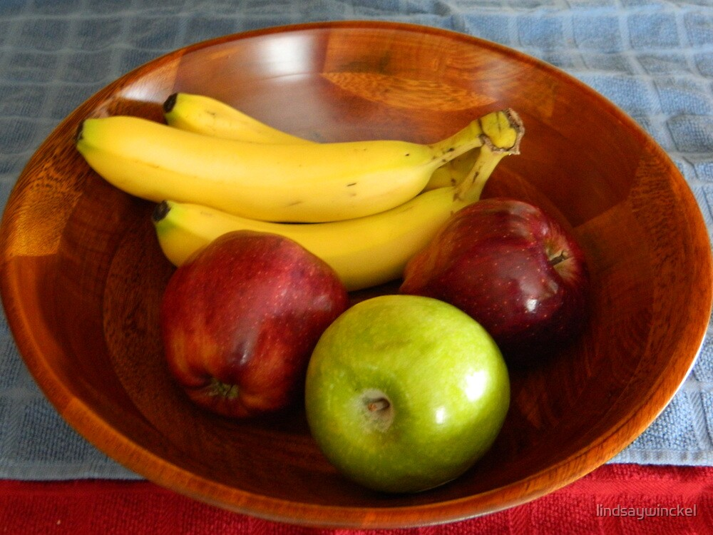 Apples and Bananas by lindsaywinckel