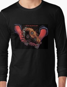 The navigator's head and necklace! (Monkey Island 1) Long Sleeve T-Shirt