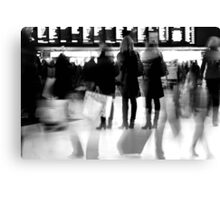 Rush hour at Victoria station Canvas Print