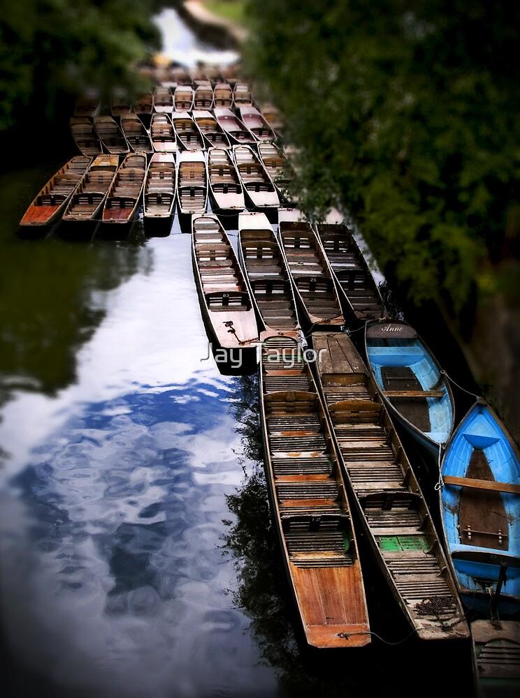 Punts at Magdalen Bridge, Oxford by Jay Taylor