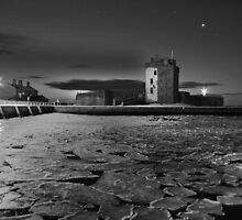Broughty Castle Ice by Ellis Lawrence