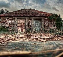 Casa Couce by Nuno Matos