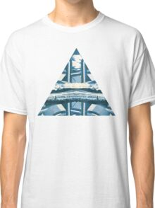 tri-abstract Classic T-Shirt