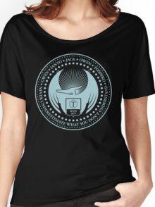 Never Underestimate - Dark Women's Relaxed Fit T-Shirt