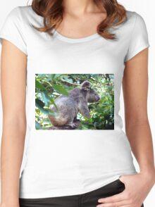 Alma Koala Women's Fitted Scoop T-Shirt