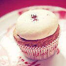 Red Velvet Cupcake by edarlingphoto