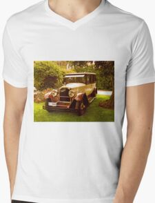 1926 Packard - 333 Limo Mens V-Neck T-Shirt