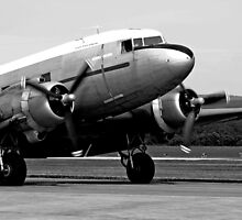 Dakota DC3 by Noel Elliot