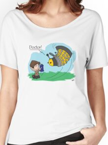 Eleventh Doctor vs a Dalek ... Peanuts Style Women's Relaxed Fit T-Shirt