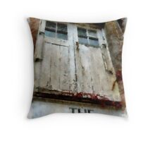 The old Mill, Grimstone, Dorset Throw Pillow