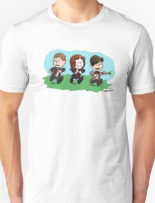 Eleventh Doctor and the Ponds ... Peanuts Style T-Shirt