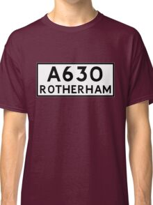 Rotherham (Old sign/ pre-Worboys style) Classic T-Shirt